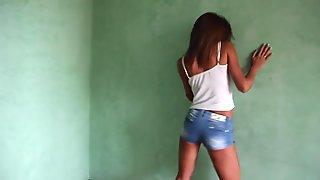 Sexy Karisha Teen Dance