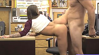 Brunette babe screwed by nasty pawn dude in the back office