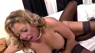 Cougar Karen Summer Takes Black Schlong On Couch