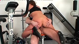Flexible sporty hottie Kristyna desires to get her wet pussy fucked in the gym
