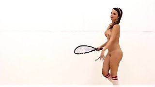 Naked raquacetball in 360   Virtual Reality