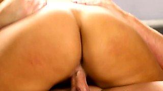 Massage loving babe rides cock after sucking