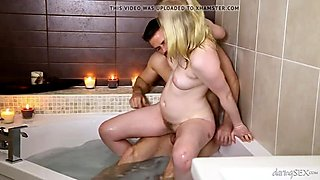 DaringSex.com Love making in a bathtub