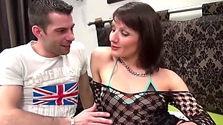 La Cochonne - Mature French Amateur Loves Ass Fisting While Fucking