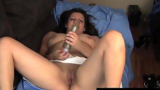 Brunette Katrina Toying Her Slit